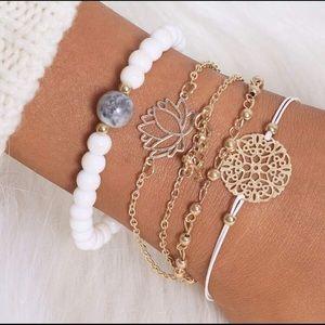 Jewelry - Final Price! Bracelet Set